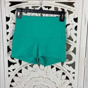 NWOT Boogie shorts high rise roll down
